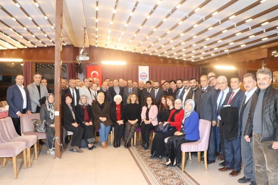 Memur-Sen İl Temsilciliğimiz Tarafından Düzenlenen, Aydın STK Platformu Toplantısı, Kamu Başdenetçisi Şeref Malkoç'un Katılımı İle Gerçekleşti