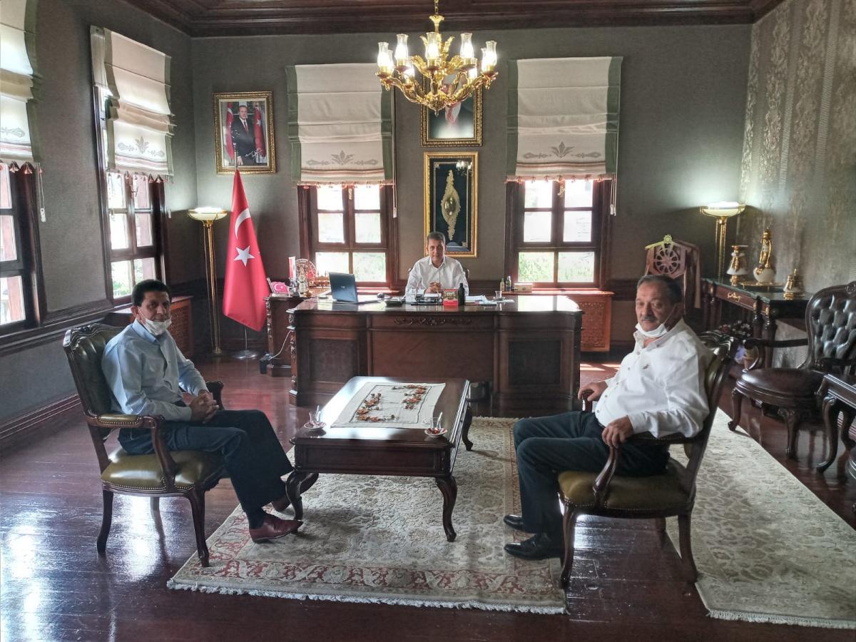 Ankara 2 No'lu Şube Başkanımız Demir, Nallıhan Belediye Başkanı İsmail Öntaş ve Beypazarı ve Ayaş Belediyelerinde Çalışan Memurlarımızı Ziyaret Etti