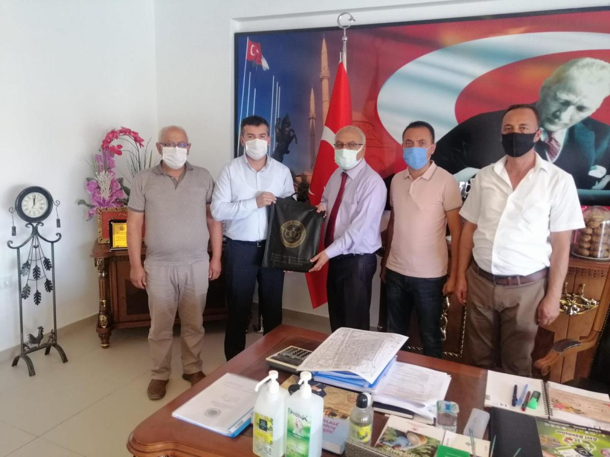 Kırşehir İl Başkanlığımızdan, Mucur Belediye Başkanı Yılmaz, Kaman Belediye Başkanı Çolak ve Üyelerimize Ziyaret