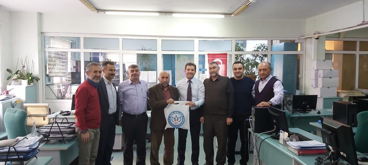 İstanbul 4 No'lu Şubemizden Emekliliğe Hak Kazanan Üyelerimize Helallik Ziyareti