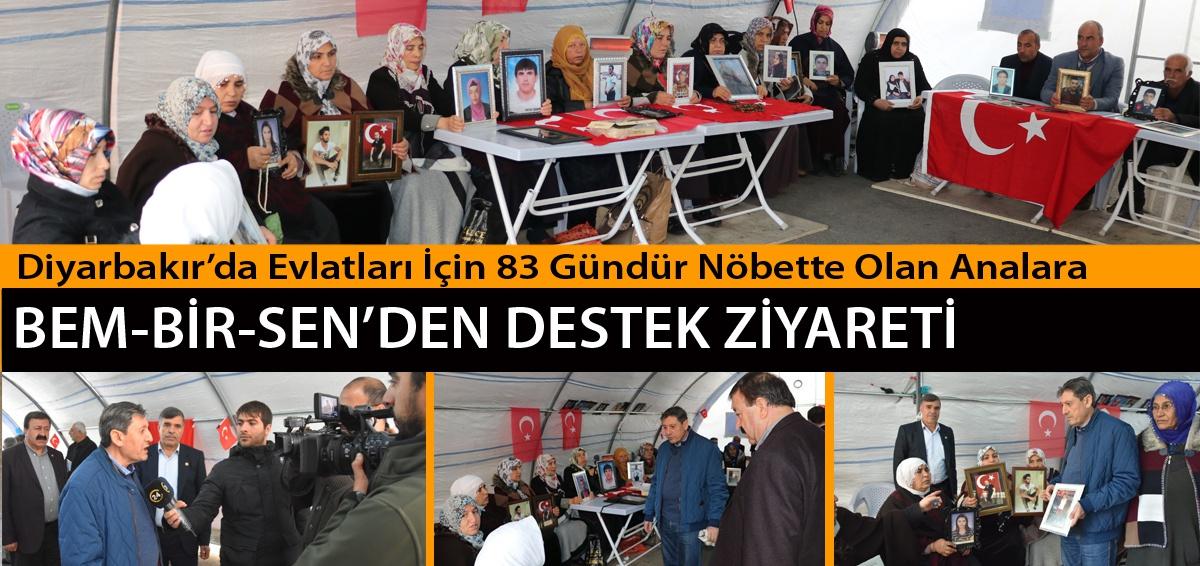 Diyarbakır'da Evlatları İçin 83 Gündür Nöbette Olan Analara, Bem-Bir-Sen'den Destek Ziyareti